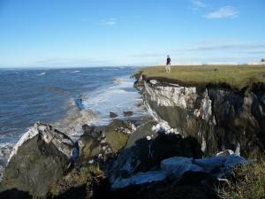 Coastal erosion near Kaktovik (Ken Dunton)